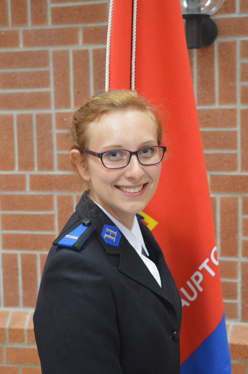 Offizier kennenlernen